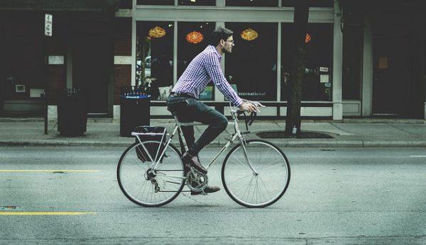 De voordelen en nadelen van een e-bike